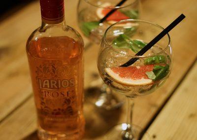Drinks 004 - Larios Pink Gin
